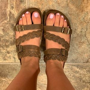 Footbed Braided Sandals